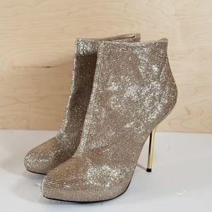 Shoedazzle Gold Sparkle Bootie Heels Size 11